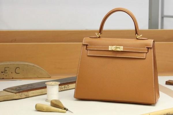 Cara Membersihkan Tas Branded yang Baik dan Benar